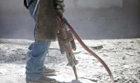 Marteaux piqueurs pneumatiques et marteaux piqueurs électriques : un monde de différence